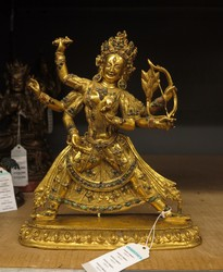 Parnashavari (Buddhist Deity): (three faces, six hands)