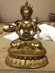Kunzang Akor (Bon Deity): (hands in meditation)
